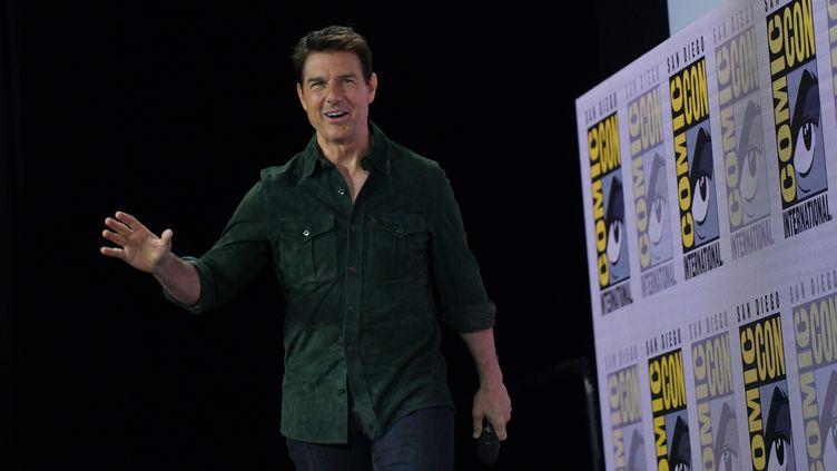 """L'acteur Tom Cruise fait la promotion du film """"Top Gun : Maverick"""" au Comic Con de San Diego, en Californie, le 18 juillet 2019 (CHRIS DELMAS / AFP)"""