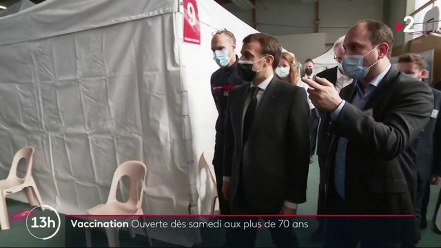 """Vaccination anti-Covid : """"On va changer d'univers"""", annonce Macron"""