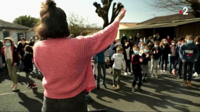 Niort : des concerts pour les enfants dans les cours d'écoles