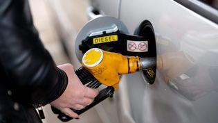 Stéphane Rozèsanalyse le mouvement de protestation contre la hausse du prix des carburants (illustration). (PASCAL BONNIERE / MAXPPP)