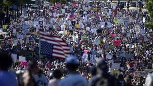 Des manifestants défilent pour le droit à l'avortement à Washington (Etats-Unis), le 2 octobre 2021. (ANDREW CABALLERO-REYNOLDS / AFP)