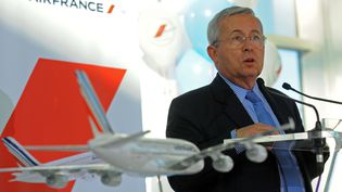 L'ancien patron d'Air France, Pierre-Henri Gourgeon (ici en novembre 2009), a touché une prime de non-concurrence de 400 000 euros. (ZAK BRIAN / SIPA)
