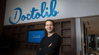 Le fondateur de Doctolib, Stanislas Niox-Chateau, le 11 février 2020 dans le nouveau siège de son entreprise, à Levallois-Perret (Hauts-de-Seine). (MAXPPP)