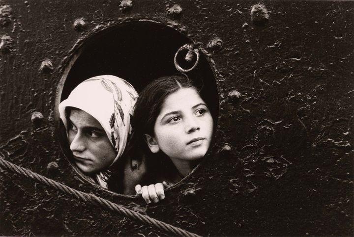 """Mary Ellen Mark, """"Immigrants"""", Istanbul,Turquie vers 1977 (© BnF - Département des Estampes et de la photographie © Mary Ellen Mark)"""