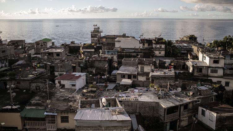 La ville deMutsamudu aux Comores, en 2019. (GIANLUIGI GUERCIA / AFP)