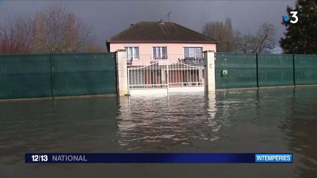 Inondations : les habitants de Saint-Aubin-lès-Elbeuf sous l'eau