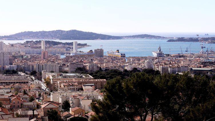 La ville de Toulon (Var), vue du Faron, le 14 février 2020. (MAXPPP)