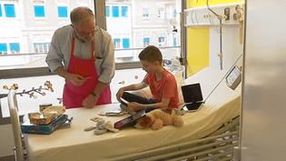 Enfants malades : le sourire des Blouses Roses (France 3)
