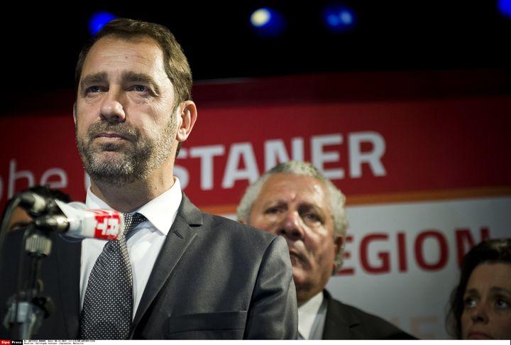 Christophe Castaner annonce le retrait de sa liste au soir du premier tour des élections régionales, le 6 décembre 2015 à Marseille (Bouches-du-Rhône). (LILIAN AUFFRET / SIPA)