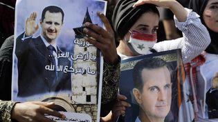 Des Syriens résidant au Liban supporters du président Bachar al-Assadse rendent voter à l'ambassade de Syrie, le 20 mai 2021. (JOSEPH EID / AFP)