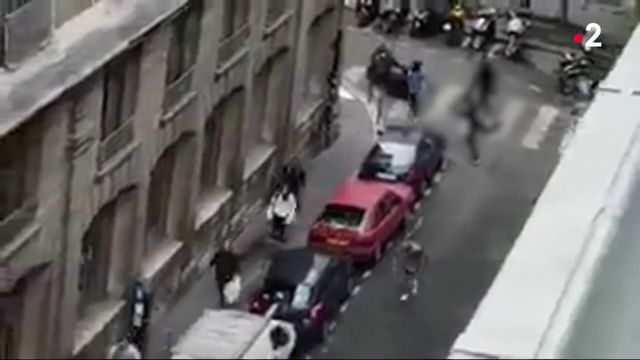 Attentat à Paris : un mort, quatre blessés