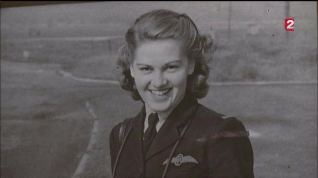 Joy Lofthouse, 93 ans, ex-femme pilote de la Royal Air Force