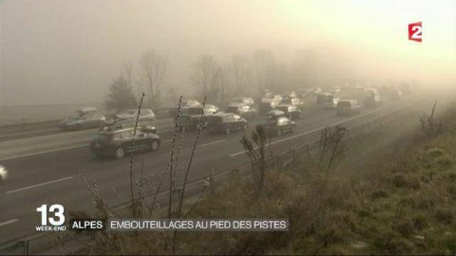 Alpes : embouteillages aux pieds des pistes