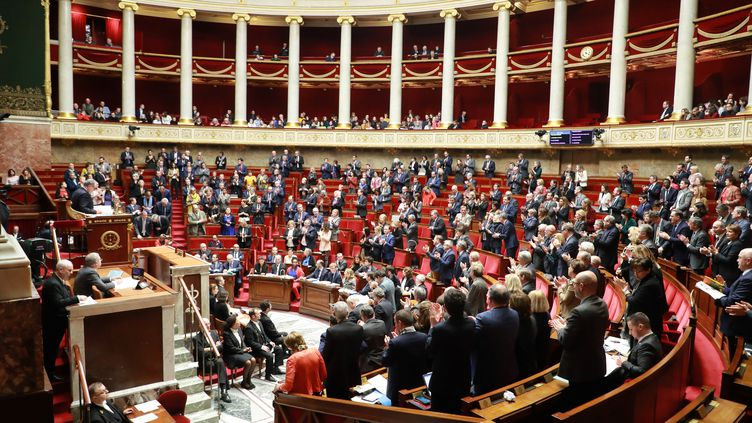 Des députés à l'Assemblée nationale le 14 janvier 2020. (LUDOVIC MARIN / AFP)