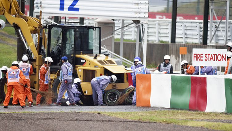 La monoplace accidentée de Jules Bianchi (HOCH ZWEI / HOCH ZWEI)
