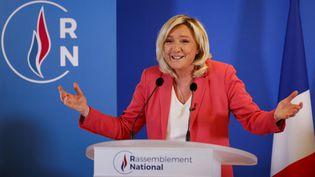 Marine Le Pen lors d'une conférence de presse à Paris, en janvier 2021. (THOMAS SAMSON / AFP)