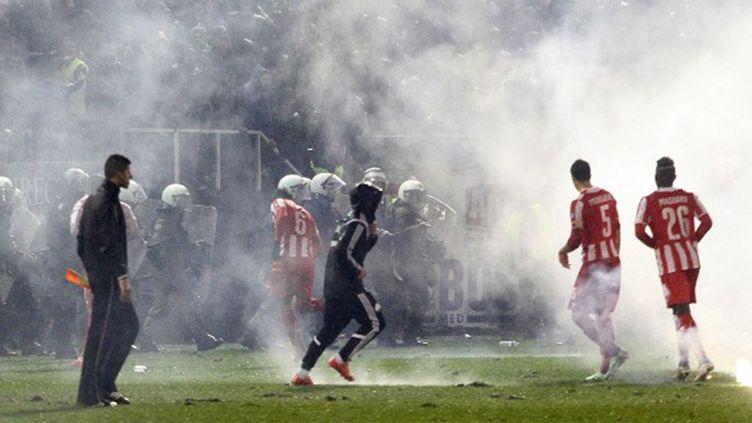 Incidents en Grèce entre supporters du Panathinaïkos et de l'Olympiakos (AYHAN MEHMET / ANADOLU AGENCY)