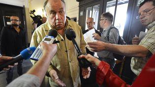 """Dominique Alderweireld, alias """"Dodo la saumure"""", au tribunal de correctionnel de Tournai (Belgique), quil'a condamné à cinq ans de prison avec sursis le 21 juin 2012. (BENOIT DOPPAGNE / BELGA / AFP)"""