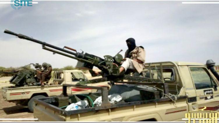Une photo postée le 9 janvier 2013 sur des forums jihadistes montre, selon sa légende, des combattants islamistes dans le Nord du Mali. (SITE MONITORING SERVICE)
