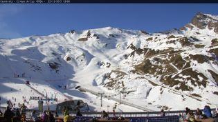 La station de Cauterets(Hautes-Pyrénées), située à 1 850 mètres d'altitude, le 25 décembre 2015. (CAUTERETS.COM)