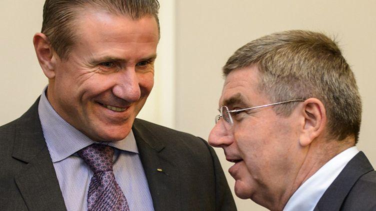 Sergey Bubka et Thomas Bach (FABRICE COFFRINI / AFP)