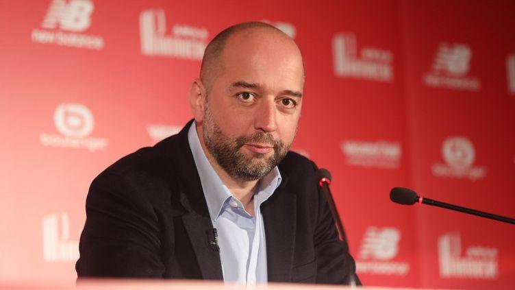 Gérard Lopez, alors président du LOSC, lors d'une conférence de presse, le 13 janvier 2017. (LAURENT SANSON / LS MEDIANORD / AFP)