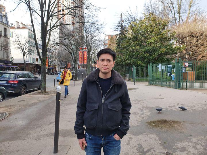 Sun-Lay Tan, membre de l'Amicale des Jeunes Teochew, une association culturelle du 13e arondissement de Paris, le 1er février 2020. (LAURIANE DELANOE / RADIO FRANCE)