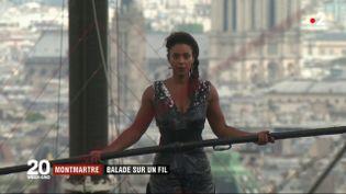 Tatiana-Mosio Bongonga en équilibre au-dessus de Montmartre. (FRANCE 2)
