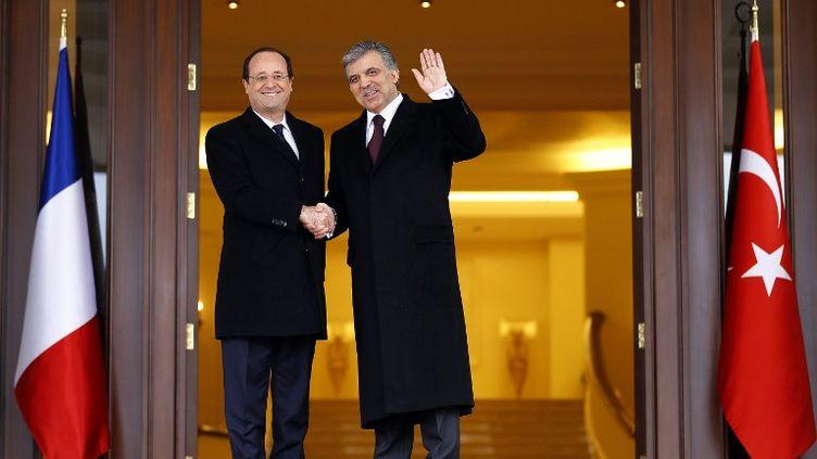 Le président français François Hollande et son homologue turc Abdullah Gül à Ankara, le 27 janvier 2017. (MURAT KAYNAK / ANADOLU AGENCY / AFP)