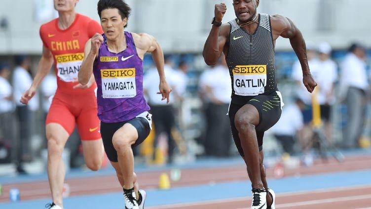 L'Américain Justin Gatlin sur 100m à Kawasaki (KAZUHIRO NOGI / AFP)