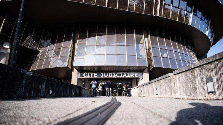L'entrée de laCité Judiciaire de Rennes, le 23 septembre 2019. Photo d'illustration. (LOIC VENANCE / AFP)