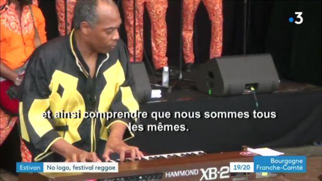 Femi Kuti en concert au No Logo Festival