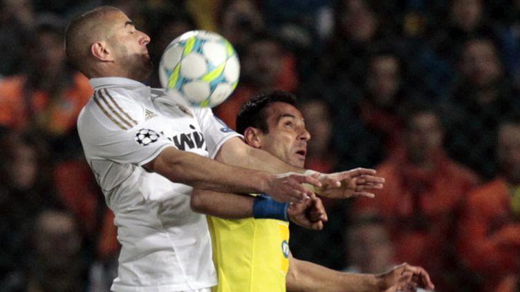 Karim Benzema prend le dessus sur Poursaitides
