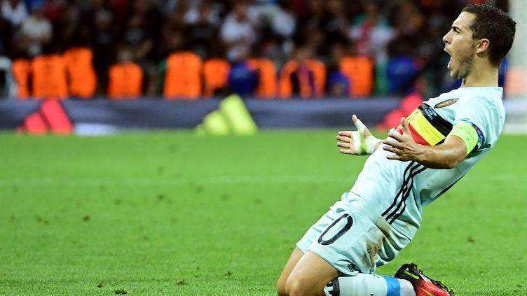 Eden Hazard lors de la victoire de la Belgique 3-0 contre la Hongrie, en 8e de finale de l'Euro, dimanche 26 juin à Toulouse (Haute-Garonne). (EMMANUEL DUNAND / AFP)