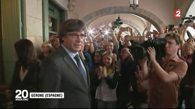Catalogne : Carles Puigdemont défie Madrid