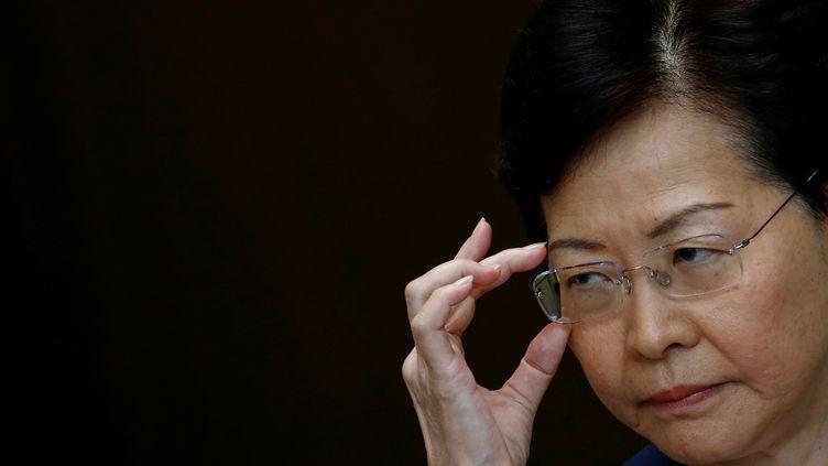 Carrie Lam, la cheffe de l'exécutif hongkongais pro-Pékin, le 13 août 2019. (THOMAS PETER / REUTERS)