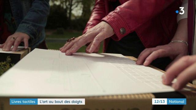 Livres tactiles : l'art au bout des doigts