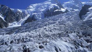 Le glacier des Bossons, dans le massif du mont Blanc. (SUPERSTOCK / SIPA)
