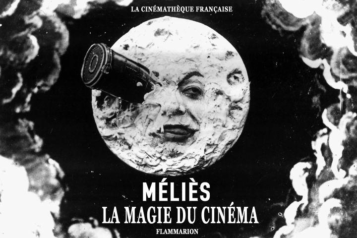 """Première de couverture de """"Méliès - La Magie du cinéma"""" de Laurent Mannoni (2021). (LA CINEMATHEQUE FRANCAISE / FLAMMARION)"""
