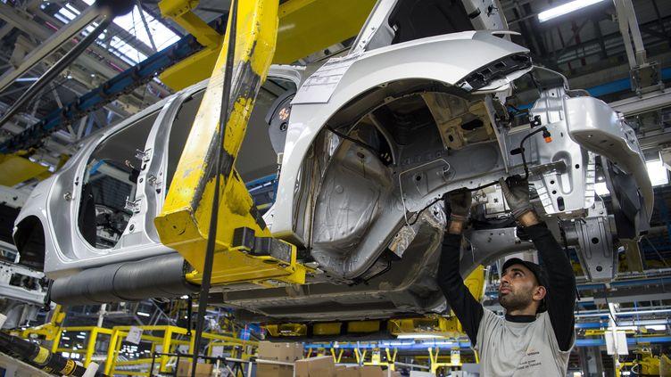 Une chaîne de montage de l'usine Renault de Tanger (Maroc). (FADEL SENNA / AFP)