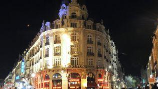 L'hôtel Carlton de Lille (Nord), d'où est partie l'affaire de proxénétisme dans laquelle huit personnes sont mises en examen, le 14 octobre 2011. (DENIS CHARLET / AFP)