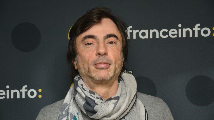 """Pascal Fontanille, auteur et producteur de la série """"On va s'aimer un peu beaucoup..."""" diffusée sur France 2. (JEAN-CHRISTOPHE BOURDILLAT / RADIO FRANCE)"""