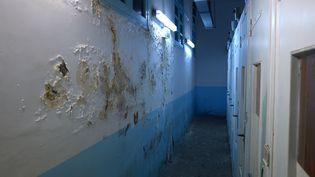 Les couloirs de la prison de Fresnes (Val-de-Marne). (CGDLP)