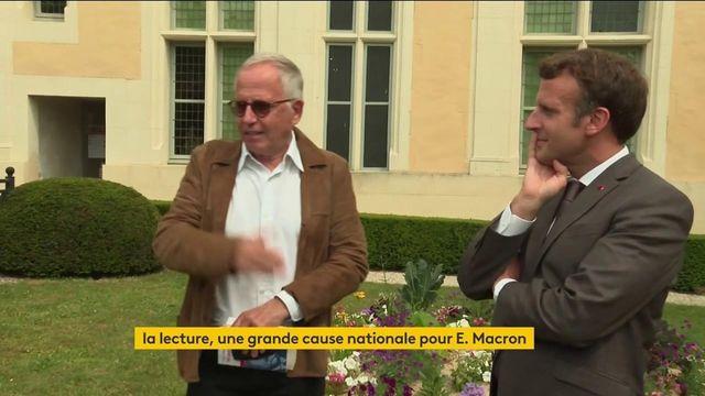 «Les animaux malades de la Peste» : Emmanuel Macron parle de sa fable préférée de la Fontaine avec Fabrice Luchini