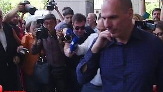 Grèce : Euclide Tsakalotos succède à Yanis Varoufakis