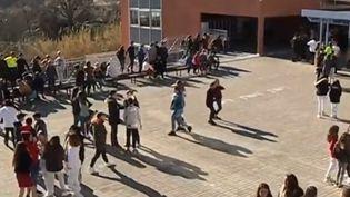 """À Saint-Jeannet (Alpes-Maritime), un collège applique le même règlement qu'à Poudlard, l'école de """"Harry Potter"""". (CAPTURE D'ÉCRAN FRANCE 3)"""