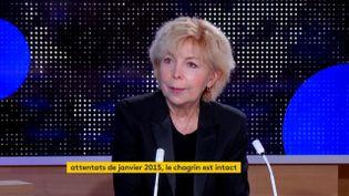 Maryse Wolinski, invitée du journal de 23 heures de franceinfo, jeudi 3 septembre 2020. (FRANCEINFO)