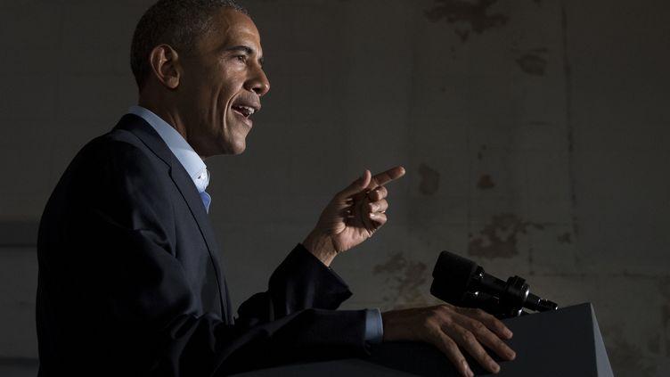 Barack Obama lors d'une conférence de presse à Chicago, dans l'Illinois (Etats-Unis), le 9 octobre 2016. (JIM WATSON / AFP)