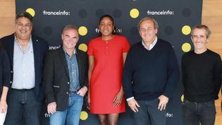 Serge Blanco, Bernard Hinault, Marie-José Pérec, Michel Platini et Alain Prost à franceinfo à Paris, le 26 octobre 2021. (FRANCEINFO / RADIOFRANCE)