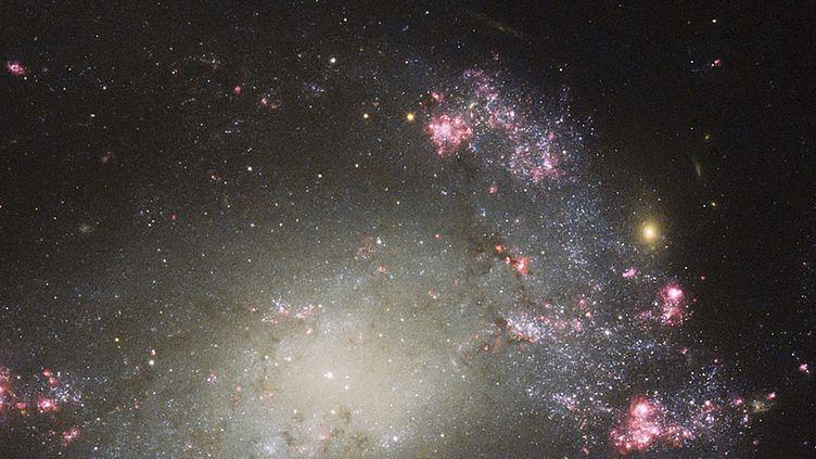 La galaxie NGC 425 photographiée par le téléscope Hubble, le 10 août 2015. (MAXPPP)